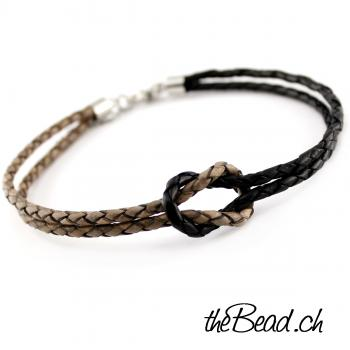 Anklet made of leather knot
