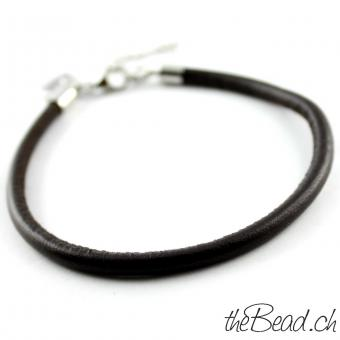 Anklet made of leather, dark brown
