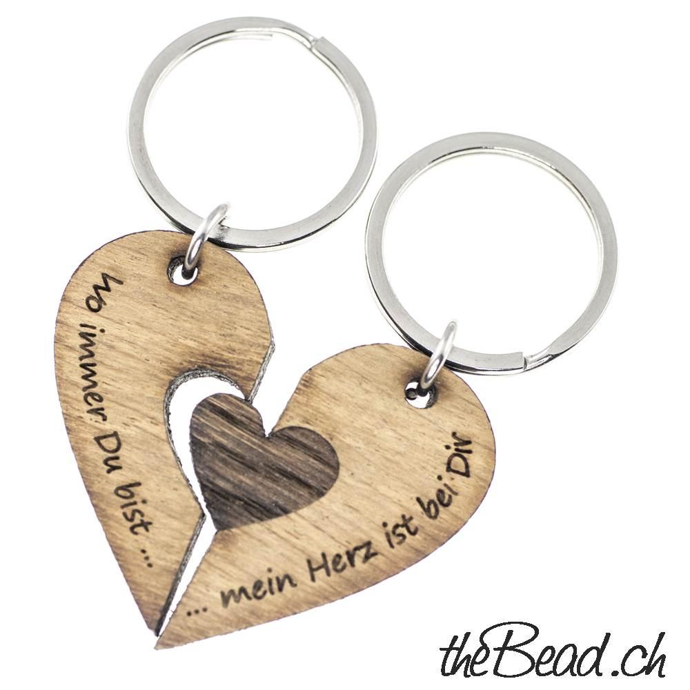 personalisierter Schlüsselanhänger mit Gravur Namensanhänger aus Holz